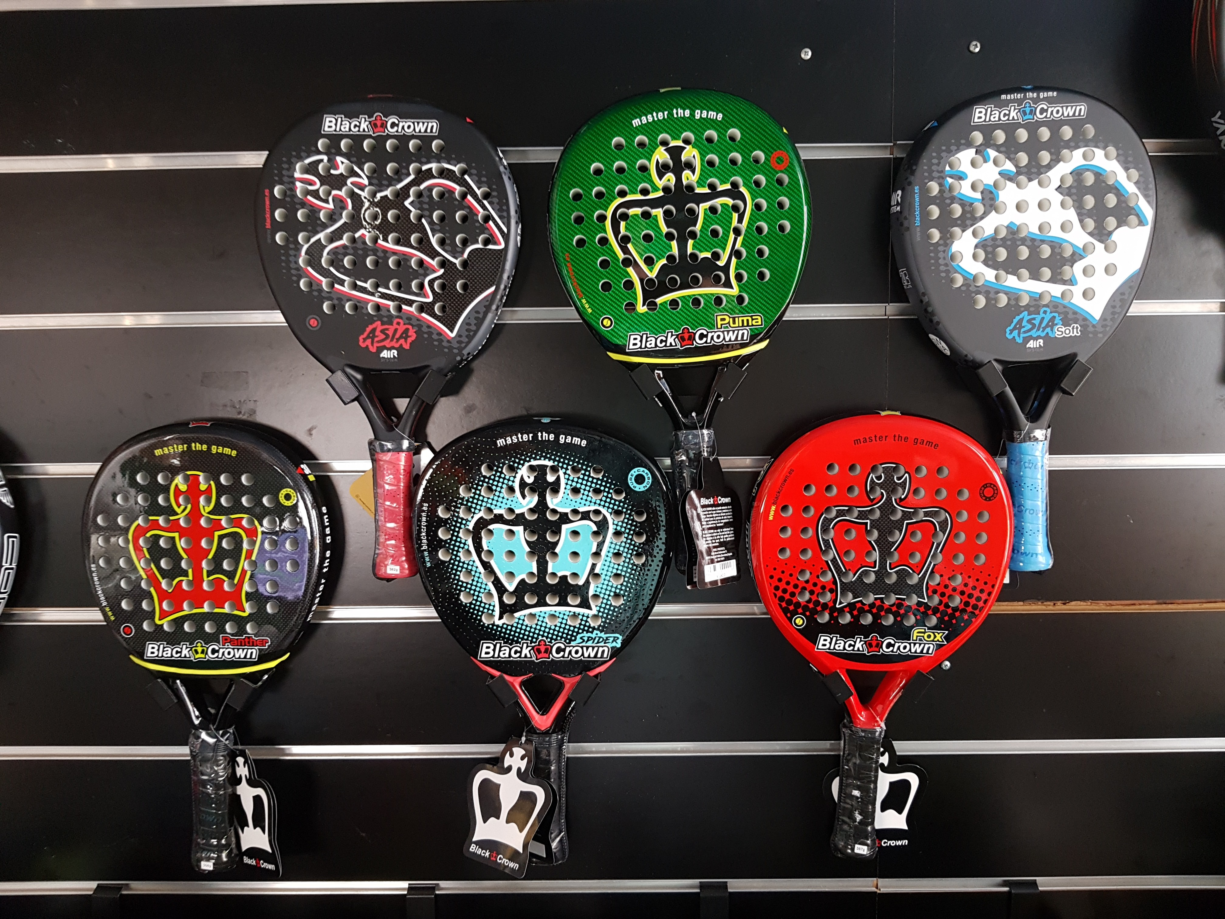 http://fusionpadel.com/22-black-crown